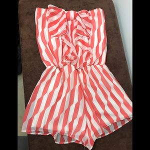 Have size small strapless short romper